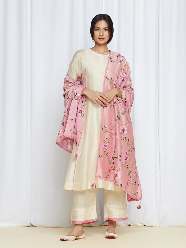 amisha kothari label kusum edit pushpaja kurta ivory rose pink
