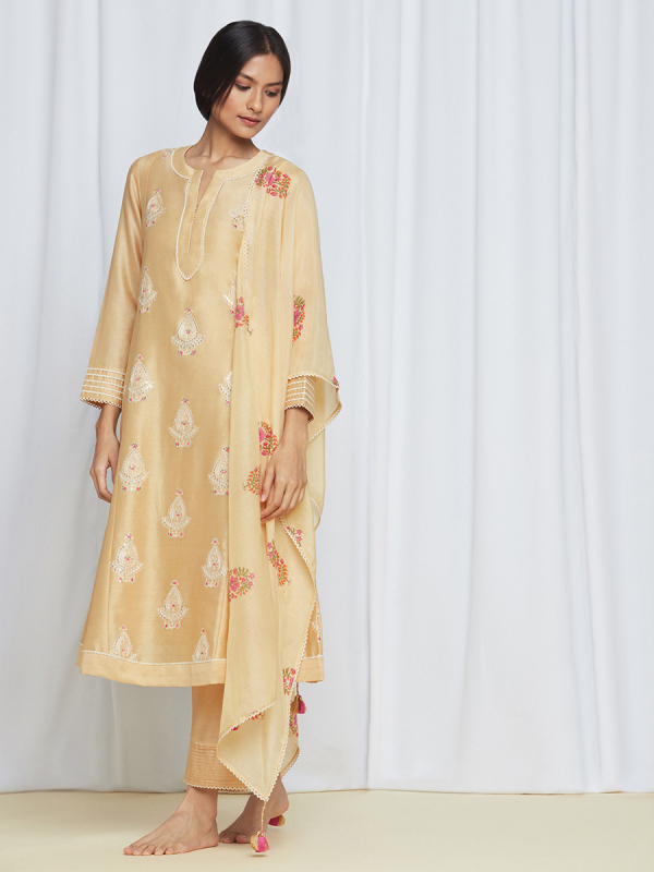 amisha kothari label rozana edit yellow