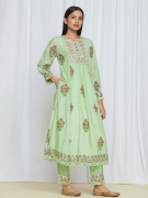 amisha kothari label utsav edit tarang kurta set mint green