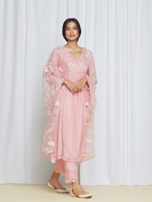 amisha kothari label kusum edit bagh kurta set