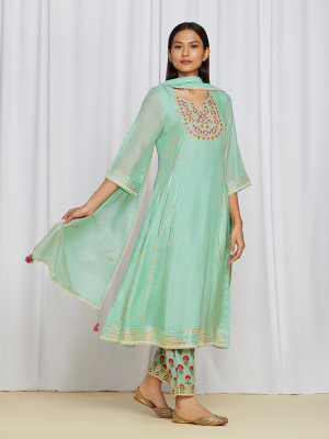 amisha kothari label utsav edit miraya kurta set