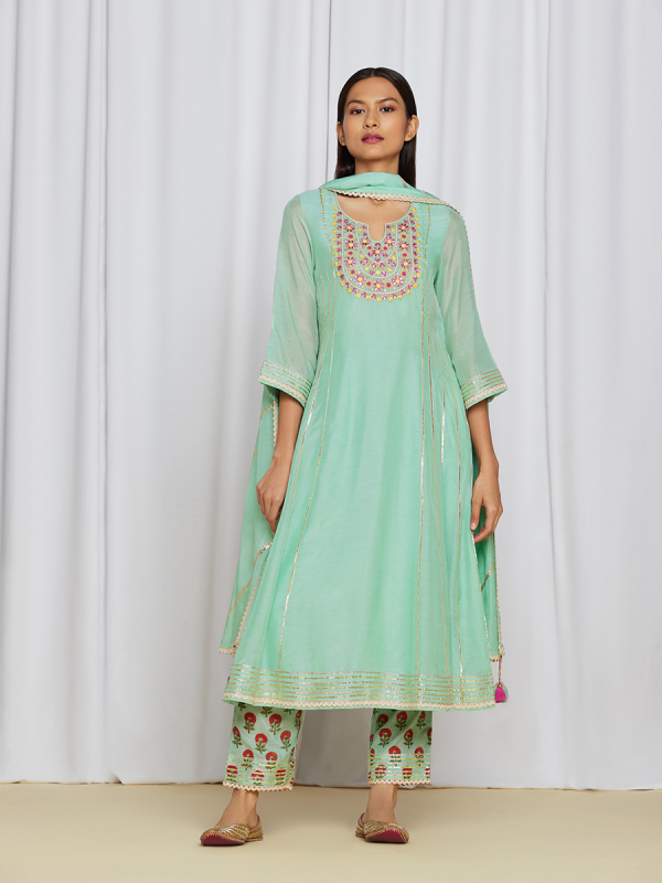 amisha kothari label utsav edit miraya kurta set sea green