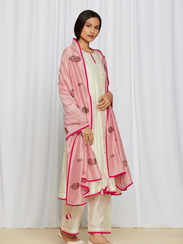 amisha kothari label rozana edit ananya kurta set pink