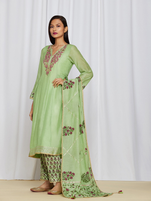 amisha kothari label utsav edit shubhika kurta set mint green