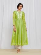 amisha-kothari-label-ayaana-kurta-set-green-5