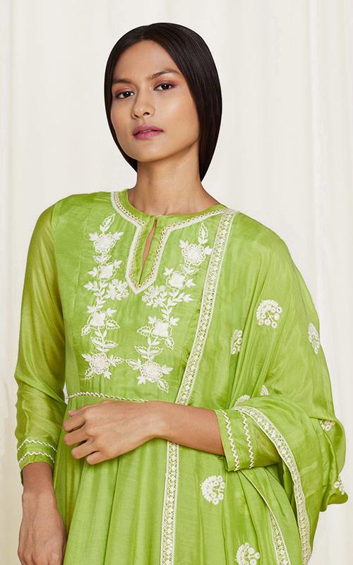 amisha-kothari-label-home-shop-new-arrivals-ayaana-kura-set-green
