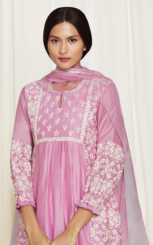 amisha-kothari-label-home-shop-new-arrivals-asma-kura-set-pink