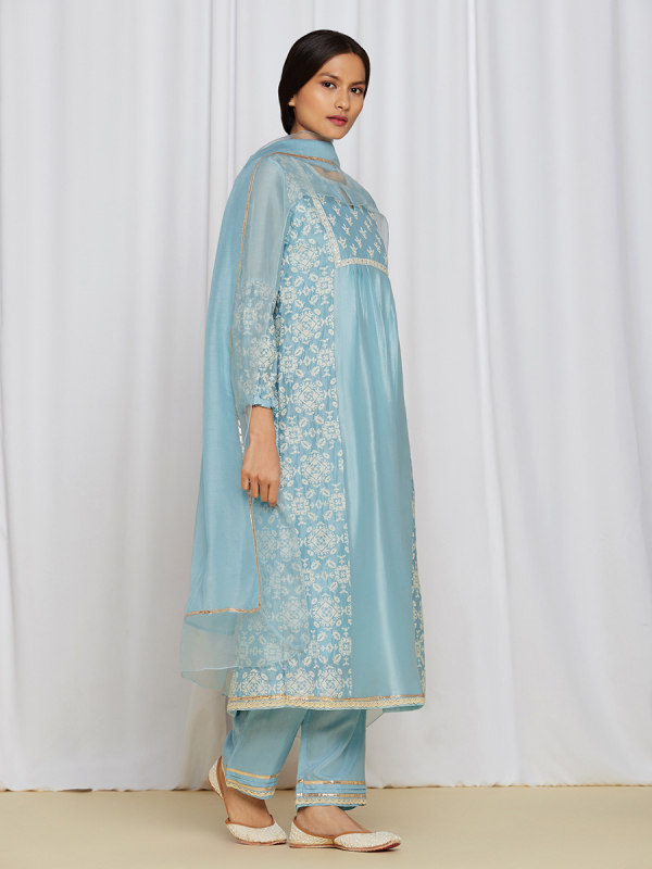 amisha-kothari-label-asma-kurta-set-BLUE-2