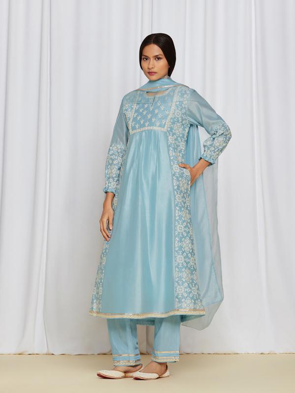 amisha-kothari-label-asma-kurta-set-BLUE-3