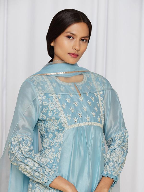 amisha-kothari-label-asma-kurta-set-BLUE-4
