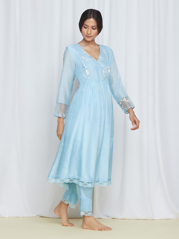 amisha-kothari-label-blue-bagh-kurta-set-3
