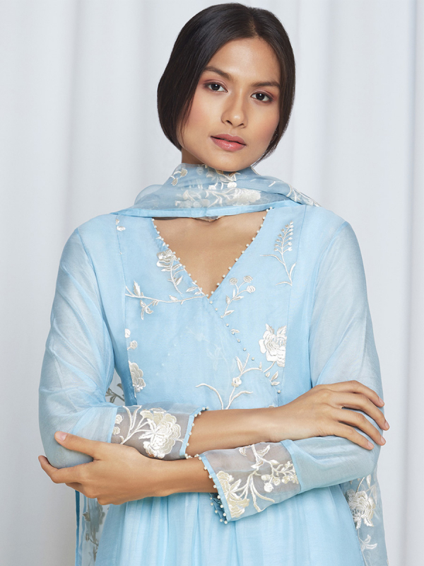 amisha-kothari-label-blue-bagh-kurta-set-4