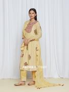 amisha-kothari-label-umang-kurta-set-yellow-2