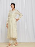 amisha-kothari-label-asma-kurta-set-ivory-3
