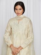 amisha-kothari-label-asma-kurta-set-ivory-4