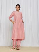 amisha-kothari-label-gulshan-kurta-set-peach-2