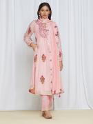 amisha-kothari-label-umang-kurta-set-peach-1