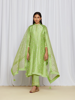 amisha kothari label utsav edit abha kurta set green
