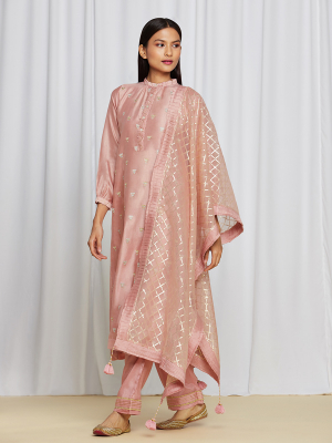 amisha kothari label utsav edit abha kurta set pink
