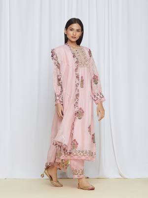 amisha kothari label utsav edit tarang kurta set rose pink