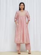 amisha kothari label utsav edit roohi kurta set pink