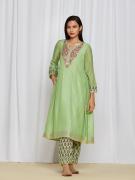 amisha kothari label utsav edit shubhika kurta set mint green