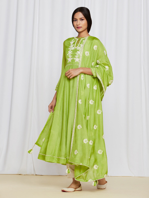 amisha-kothari-label-ayaana-kurta-set-green-2
