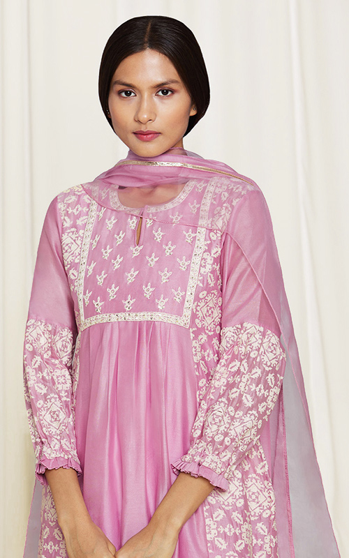 amisha-kothari-label-home-shop-new-arrivals-asma-kura-set-pink