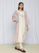 Pink Kurta Sets With Dupatta Online