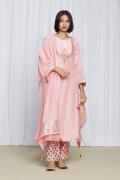 amisha-kothari-label-festive-2021-heer-kurta-set-peach-2