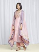 amisha-kothari-label-festive-2021-alaya-kurta-set-peach-2