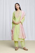 amisha-kothari-label-festive-2021-ananda-kurta-set-pista-green-3