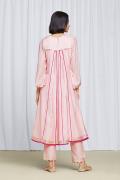amisha-kothari-label-festive-2021-ananda-pink-4