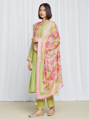 amisha-kothari-label-gulita-pista-green-kurta-set-1