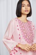 amisha-kothari-label-festive-2021-ananda-pink-3