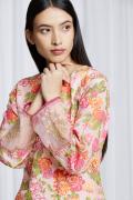 amisha-kothari-label-festive-2021-gulbagh-kurta-set-peach-5