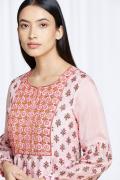 amisha-kothari-label-festive-2021-shubhra-kurta-set-5