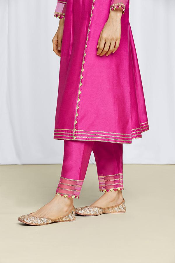 amisha-kothari-label-amodini-kurta-set-5